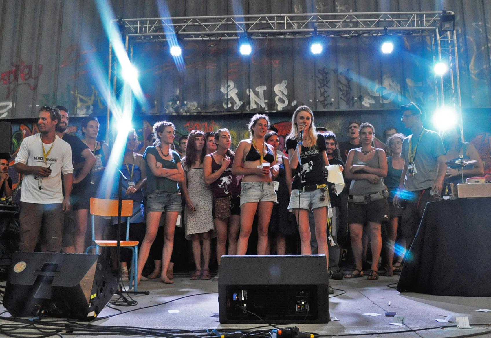 """Bénévoles et Salariés - Festival """"Merci, Bonsoir !"""" 1ère édition (2015) - Mix'Arts"""